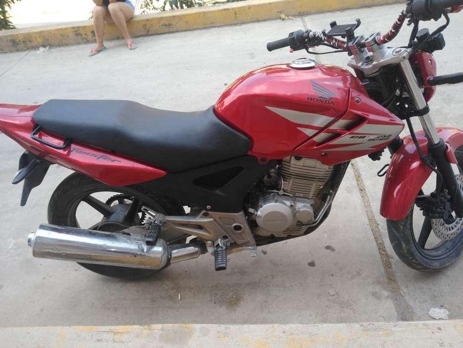 Moto <strong>honda</strong> Cbx 250 Twister