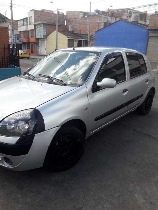 Renault Clio  2003 - 88000 km