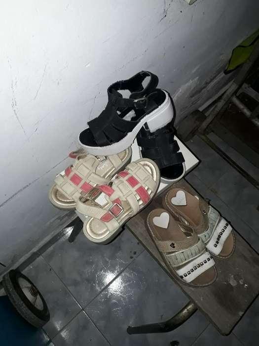22 Prendas de Nena Mas Zapatos