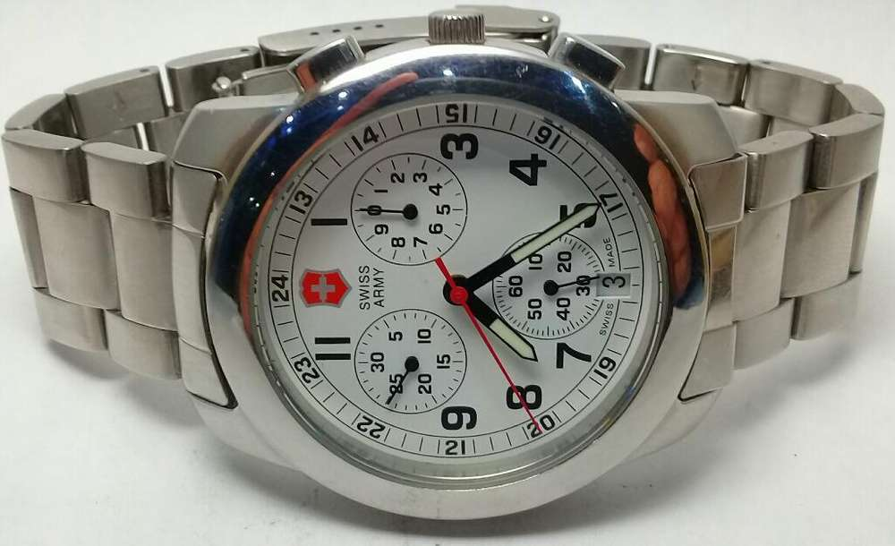 Swiss Army Chrono Date 42mm Quartz