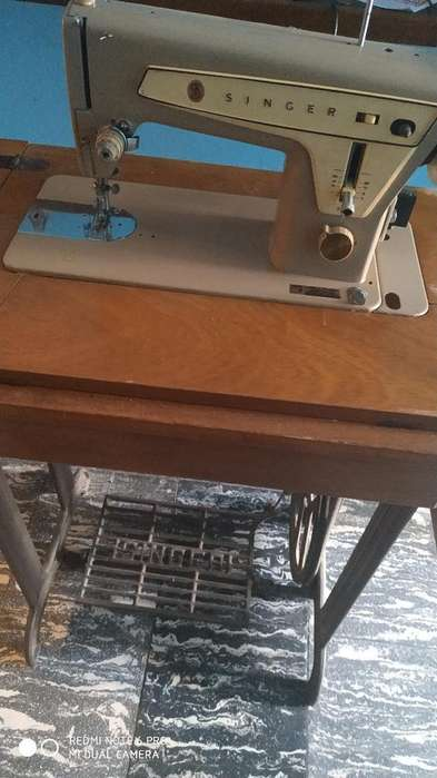 Impecable Maquina Coser Singer Electrica