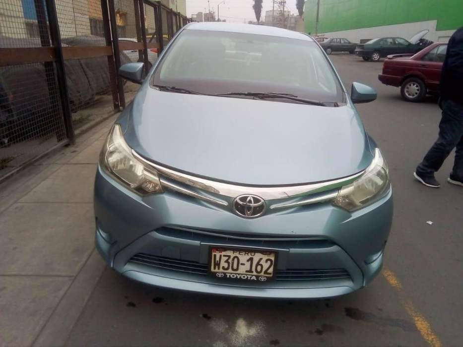Toyota Yaris 2015 - 100000 km