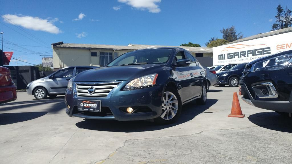 Nissan Sentra Advance At 2015 - FINANCIAMIENTO