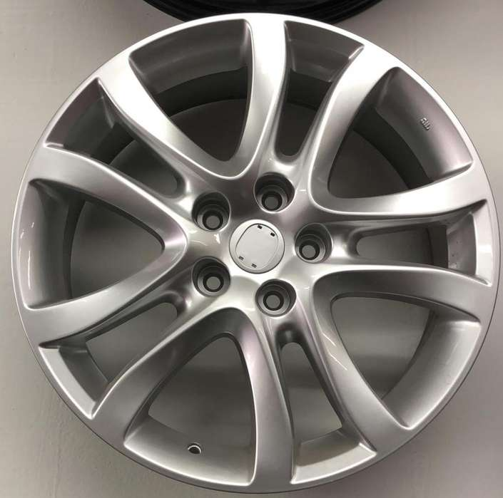 Rines de Lujo 18 Mazda 5X114 Nuevos