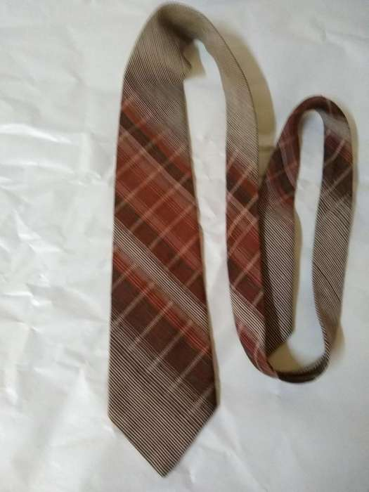 Corbata Retro tela austriaca escoses Tramada 9cm Perfecta