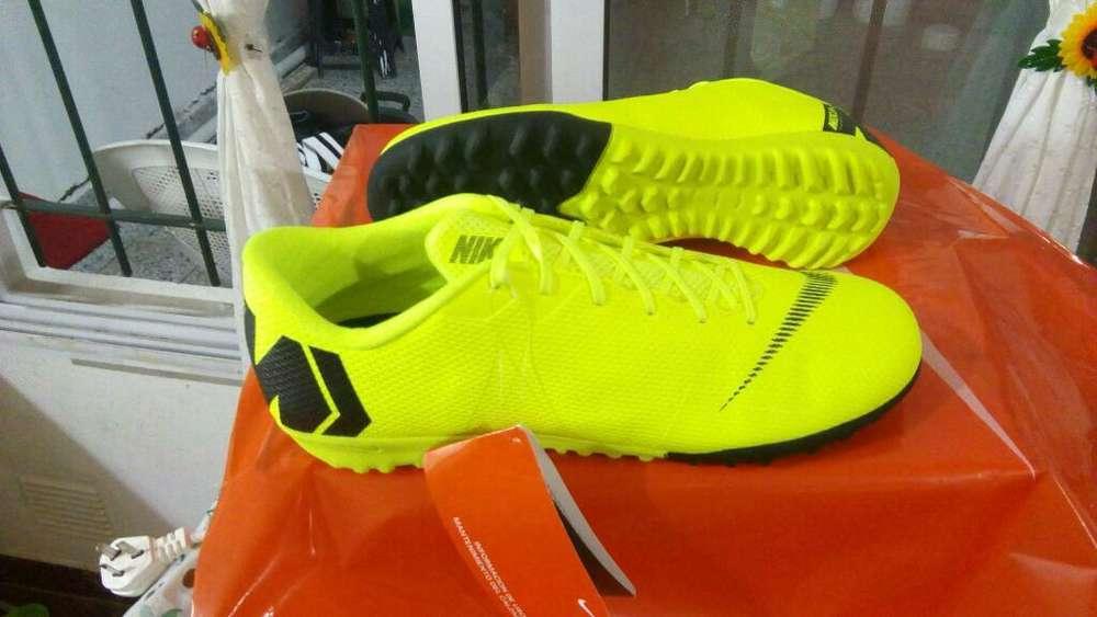 Botines Nike Originales 42/43