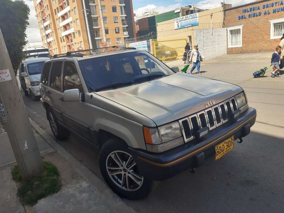 <strong>jeep</strong> GRAND CHEROKEE 1992 - 240000 km