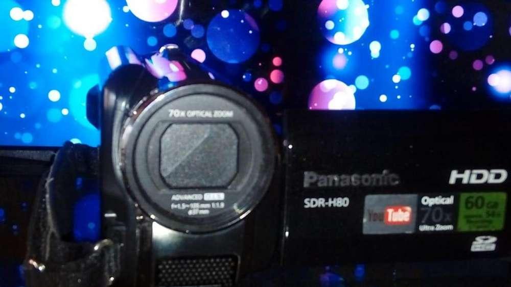 Filmadora Camara <strong>panasonic</strong> SDR H80
