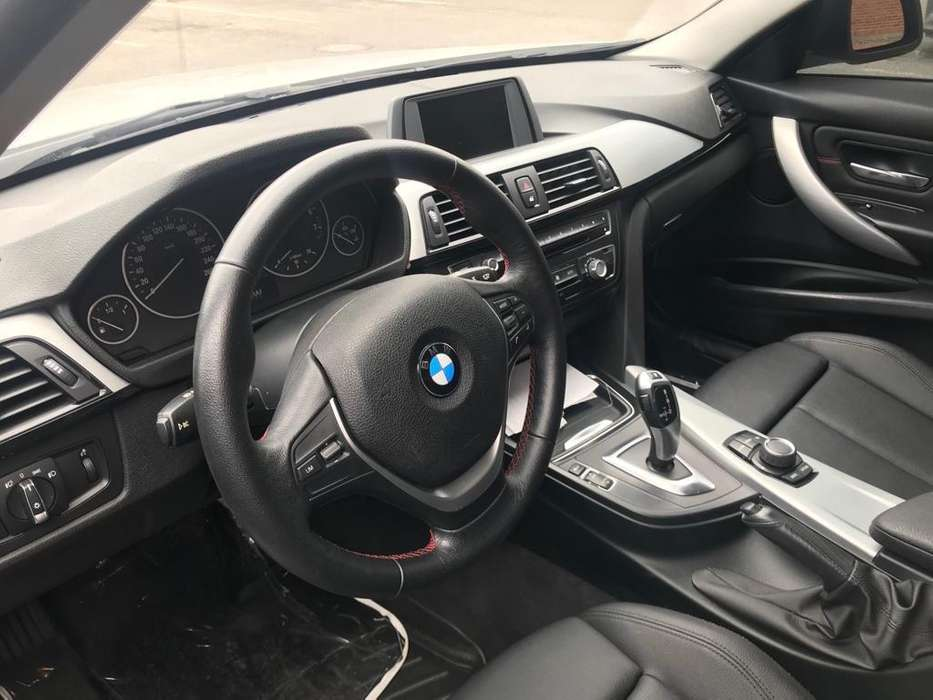 <strong>bmw</strong> I3 2015 - 33000 km