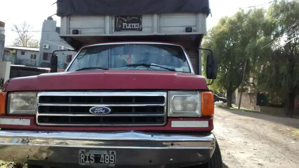 Vendo Ford F 400 Buen Estado Modelo 88