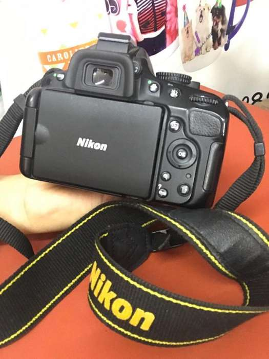 VENTA de Camara Nikon D5100