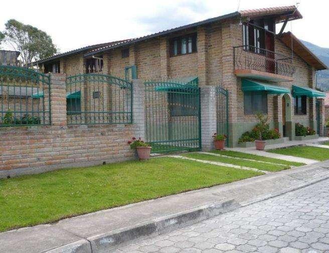 Casa en Venta en Cotacachi