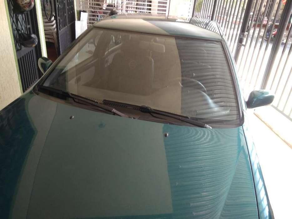 Nissan Sentra 1995 - 223600 km