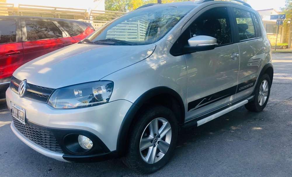 Volkswagen Crossfox 2010 - 80000 km