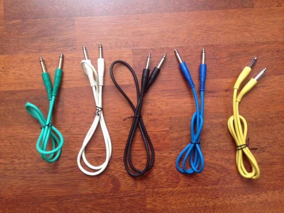 Cables de 1m para consolas, pedales e instrumentos musicales