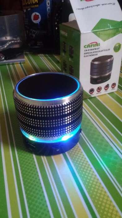 Mp3 con luces entrada Memoria micro sd y usb , audifono Remato