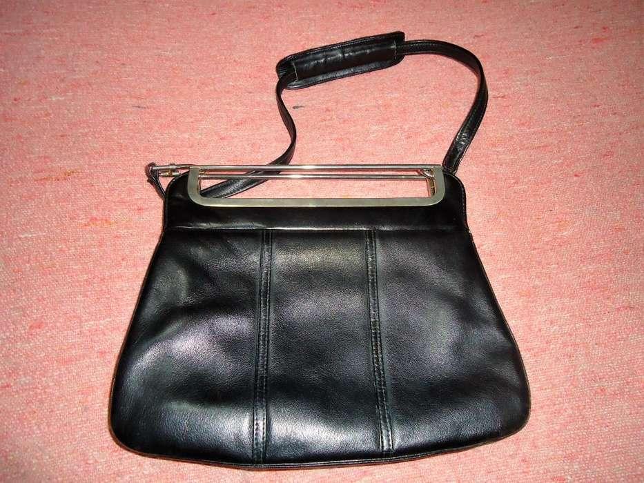 Cartera Negra Vintage. La Podes Reciclar