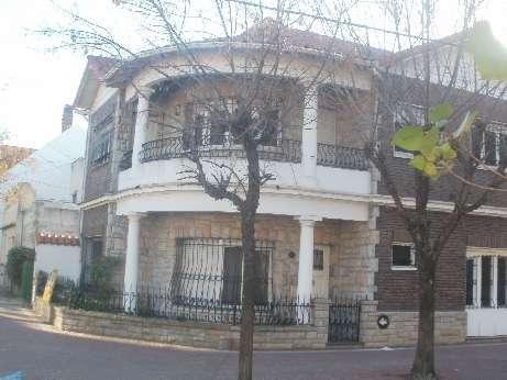 Casa en alquiler en Lanus Oeste