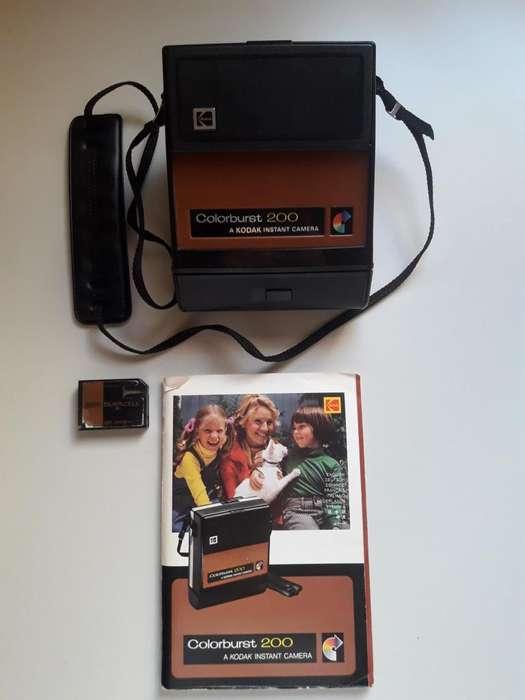 Kodak ColorBurst 200 cámara instantánea, usada