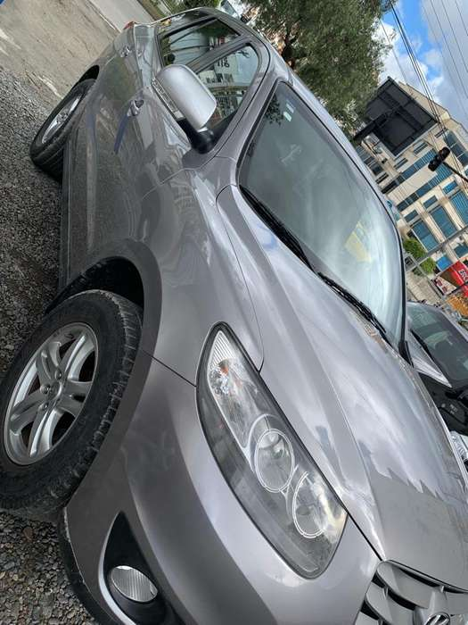 Hyundai Santa Fe 2011 - 125000 km