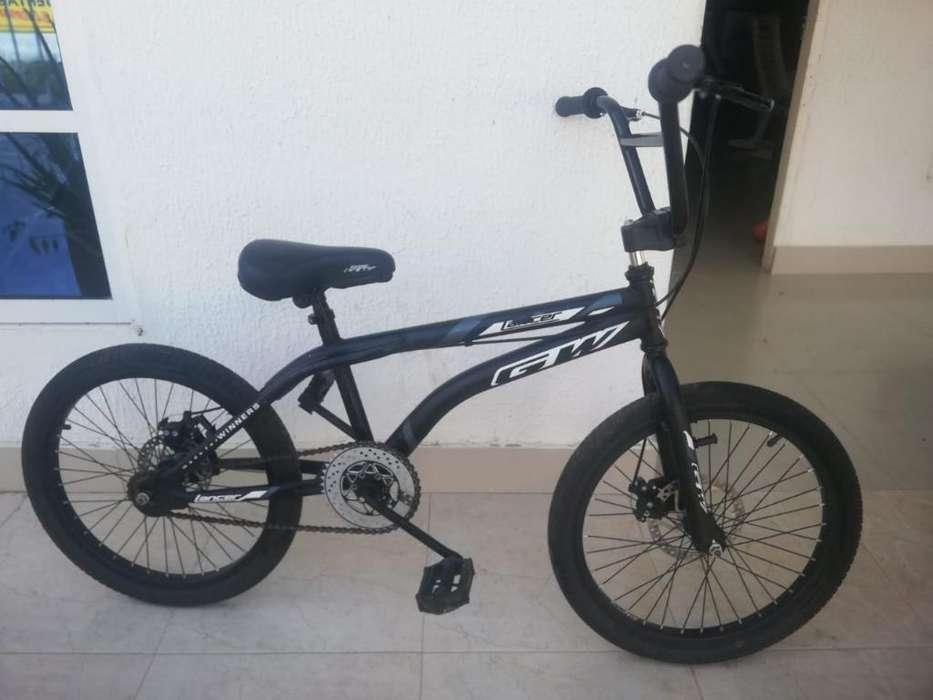 Vendo Bicicleta Gw Casi Nueva.