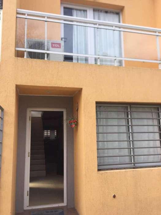pf58 - Departamento para 4 a 6 personas con pileta y cochera en Villa Gesell