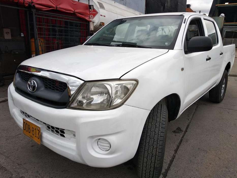 Toyota Hilux 2008 - 85000 km
