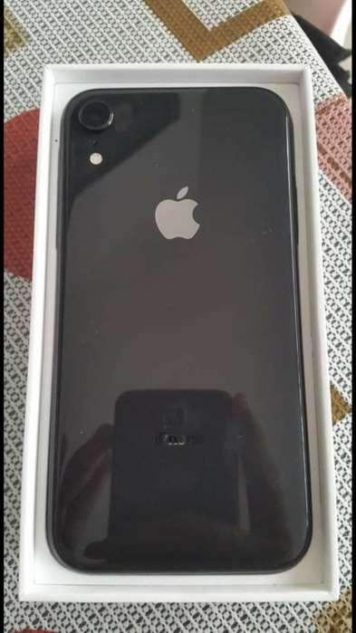 Espectacular IPHONE XR 128 GB 1 mes de uso