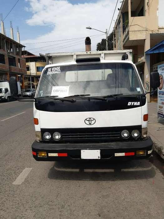 Se Vende Toyota Dina