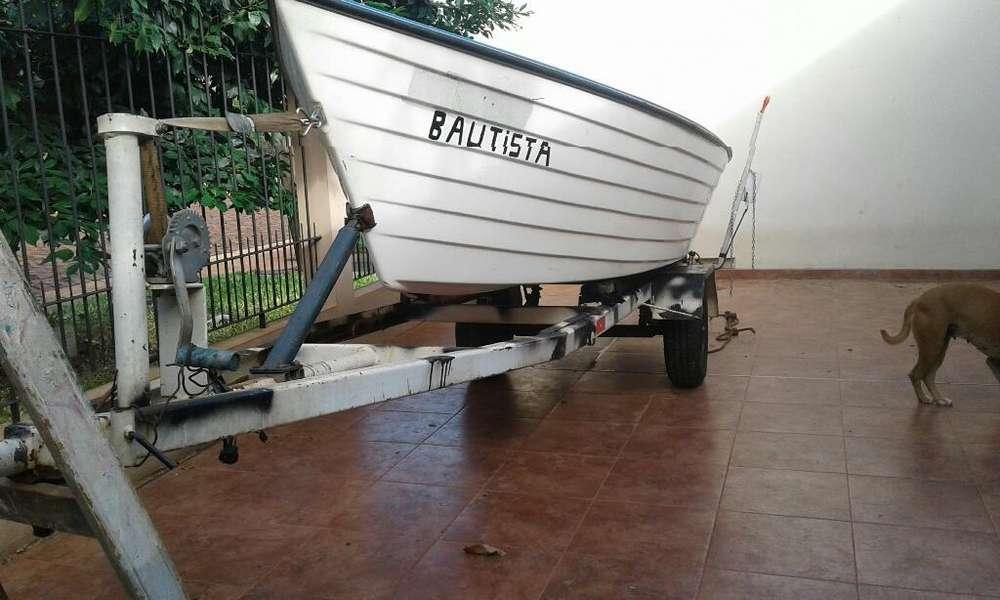 Vendo Bote de Pesca con Triler sin Motor