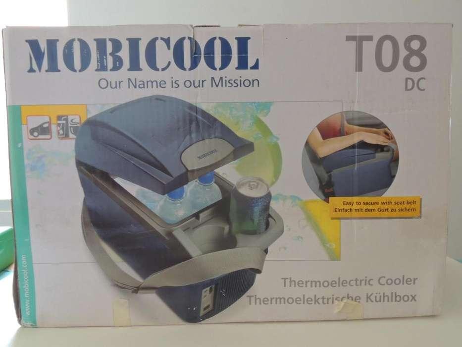 Nevera Auto 8 Litros Frío/Calor 12V dc Mobicool