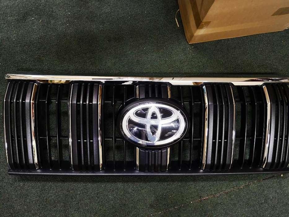 Persina Original Toyota Prado 2019
