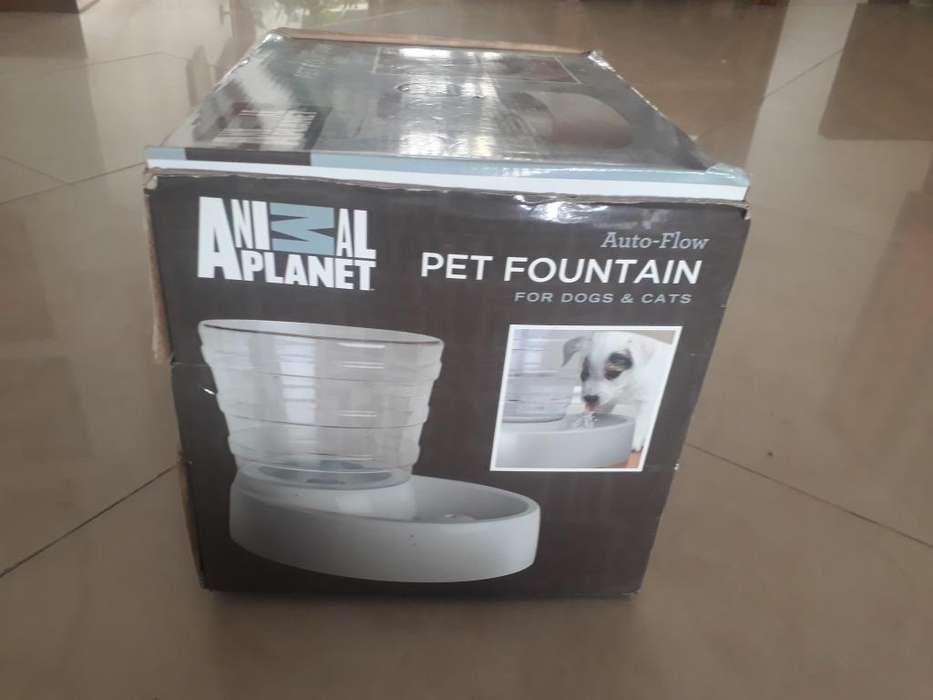 Vendo Fuente de agua Nueva para Perro o <strong>gato</strong>