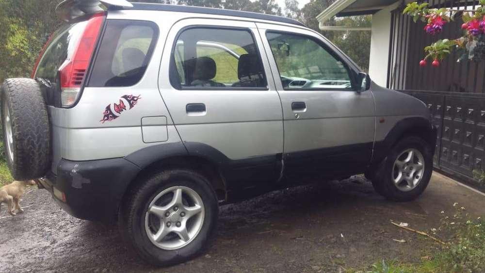 Daihatsu Terios 2003 - 100000 km