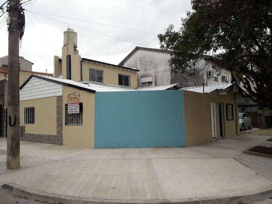 Departamento Tipo Casa en alquiler en Caseros