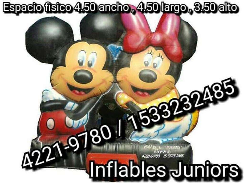 Inflable de Mickey Y Minnie con Turbina
