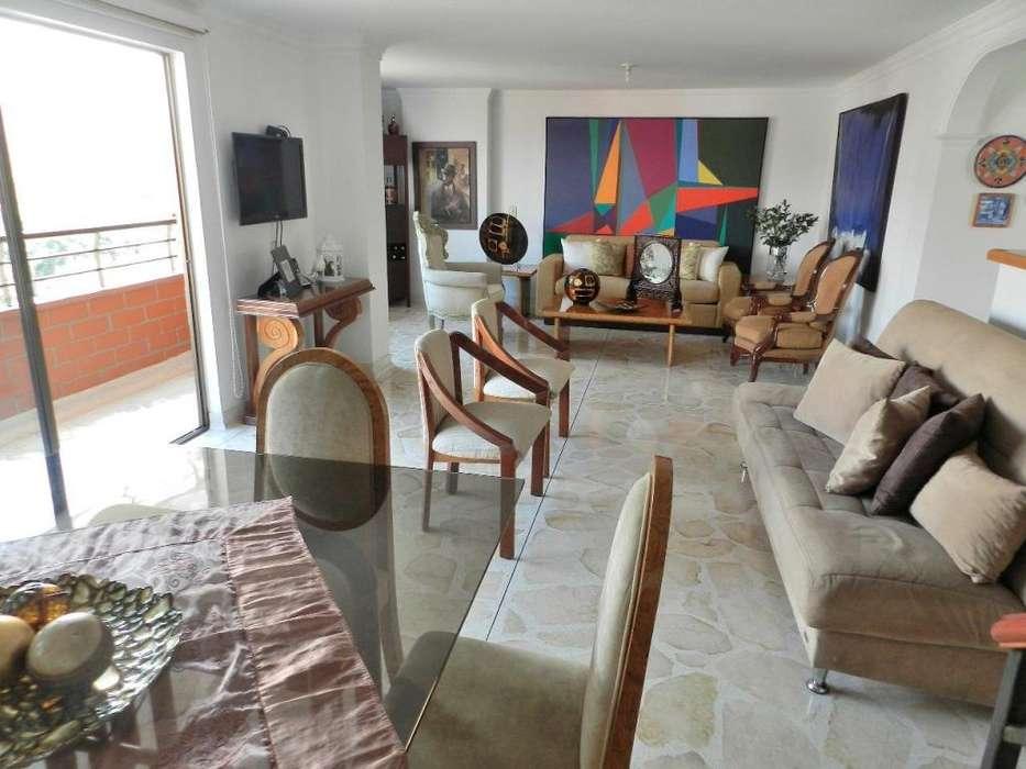 COD 0780 Venta de apartamento en sector exclusivo en envigado