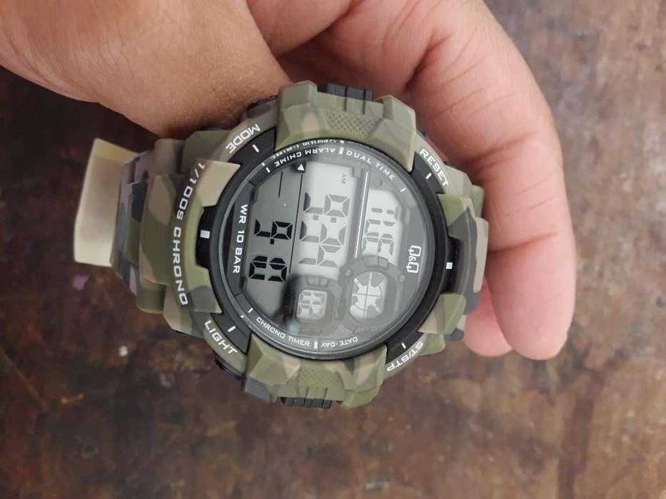 Reloj Q&q Original