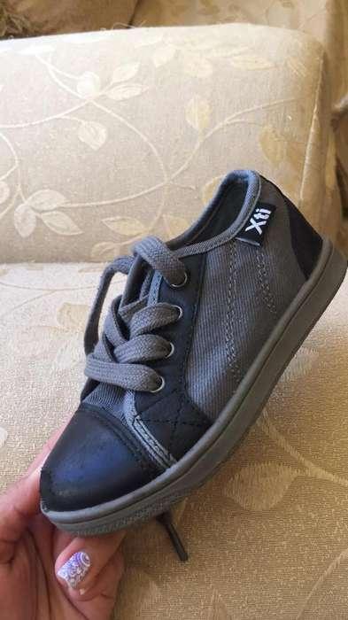 Zapatos de Niño Talla 25