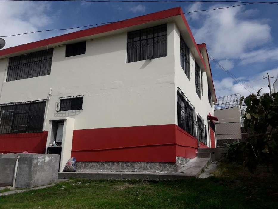DE OPORTUNIDAD EN PONCEANO CASA AMPLIA 450M2 DE CONSTRUCCIÓN CON 140M2 D TERRENO