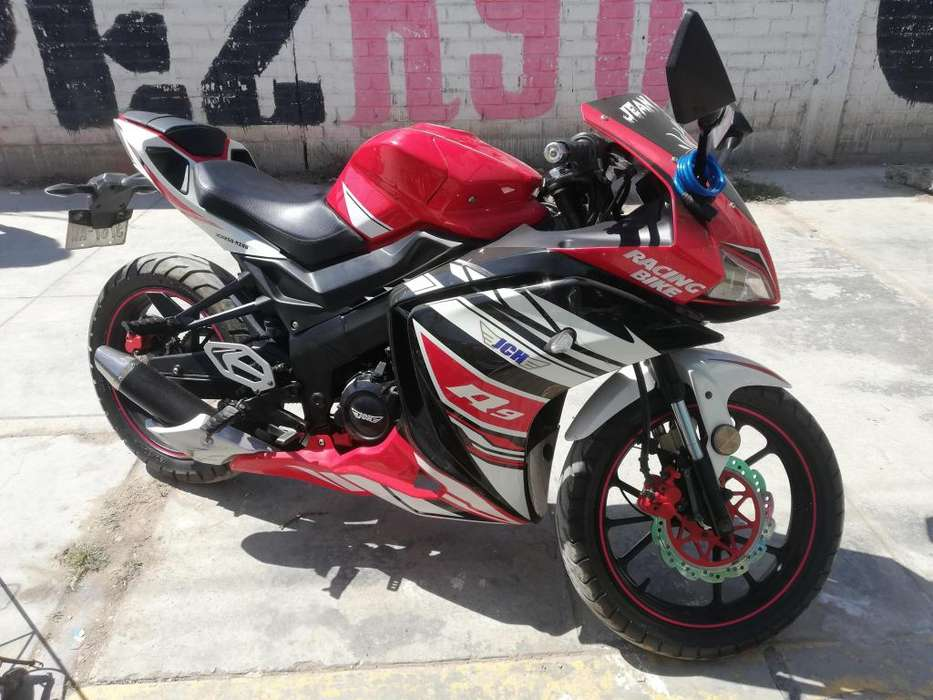 Moto cel 978978741