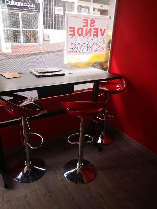 Venta Negocio Café Bar. Mobiliario..