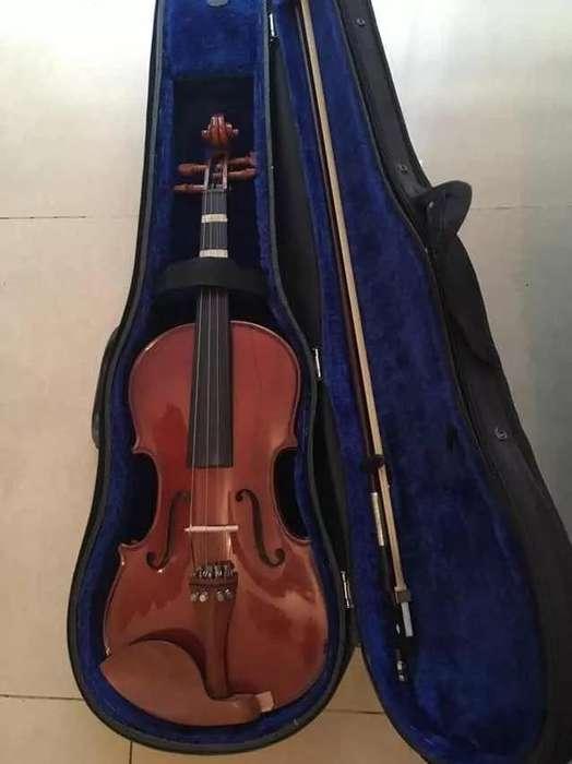 Violin, muy poco uso