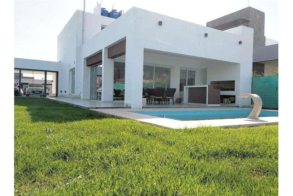 Casa 3 Dormitorios B Campo La Rosa- Santa Lucia