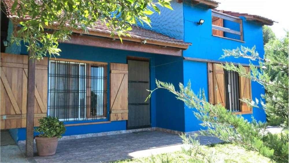 18 100 - UD 198.000 - Casa en Venta