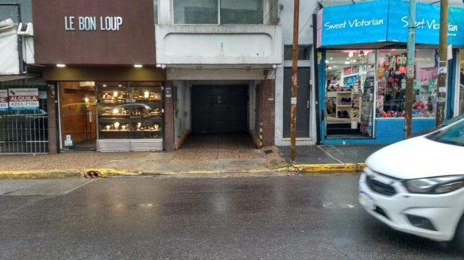 Cochera en alquiler en Quilmes Centro