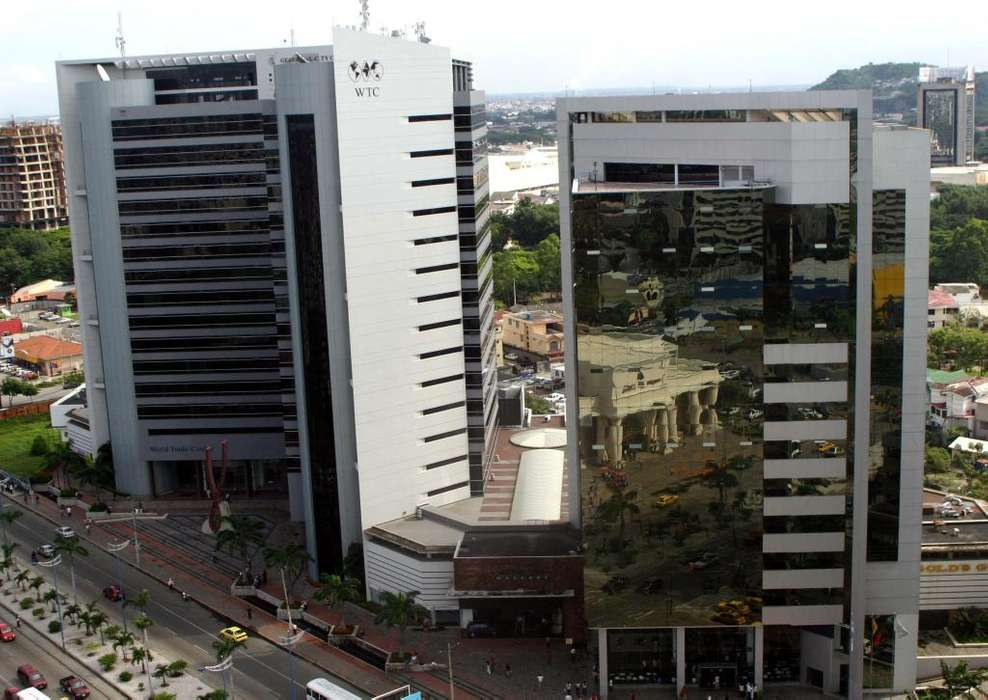 <strong>oficina</strong> de venta en Ed. World Trade Center junto al C.C. San Marino, Norte de Guayaquil