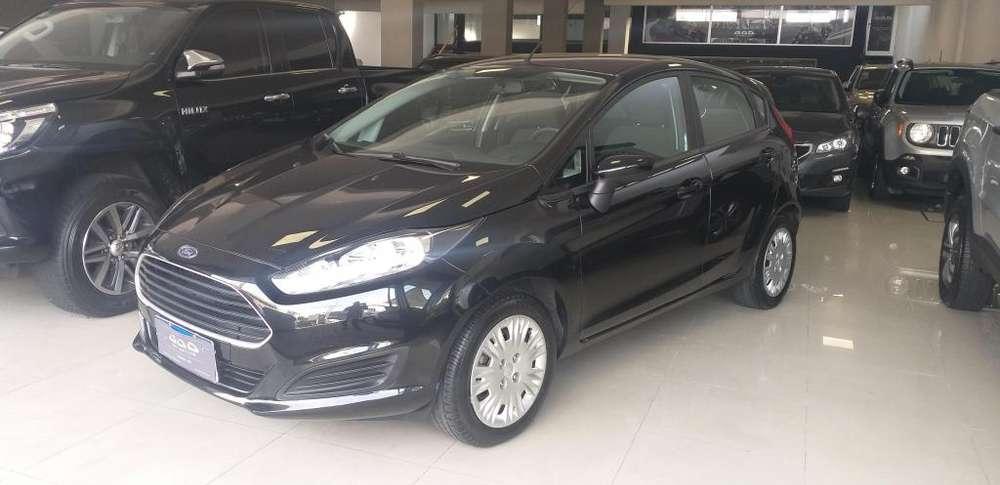 Ford Fiesta  2014 - 20000 km