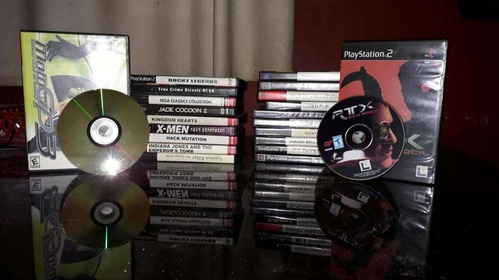 Vendo lote de 21 juegos importados de Playstation 2 1.900