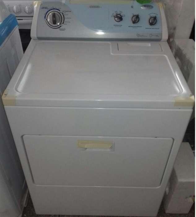 Se vende secadora de ropa a gas
